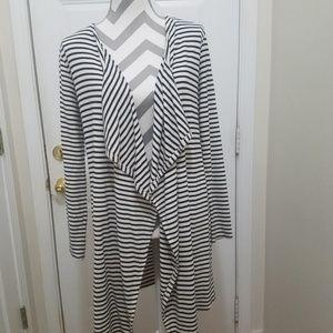 Soma loungewear open striped cardigan Medium